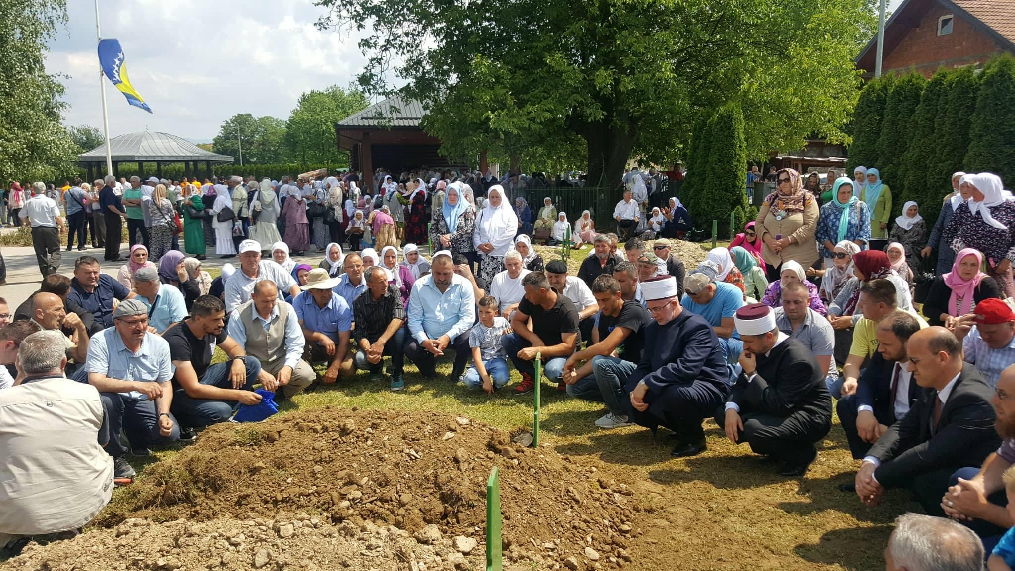 Ukopana žrtva genocida u Bratuncu: Na dženazi Sabidu Ibrahimoviću 2.000 prisutnih